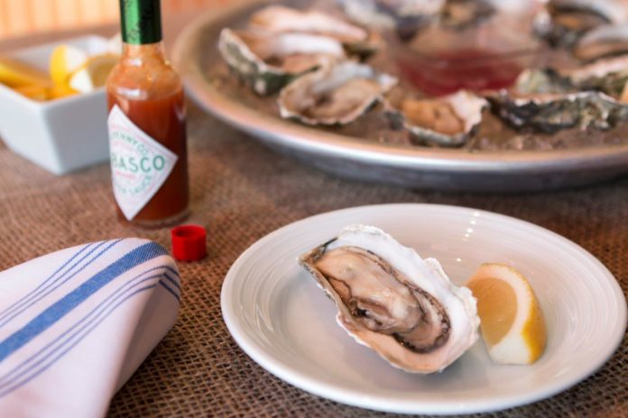 EATS Kitchen & Bar Oysters