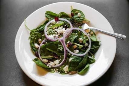 Oggi's Goat Cheese Spinach Salad