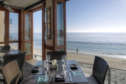 Three-Course Thanksgiving Lunch & Dinner @ Splashes - Laguna Beach | Laguna Beach | California | United States