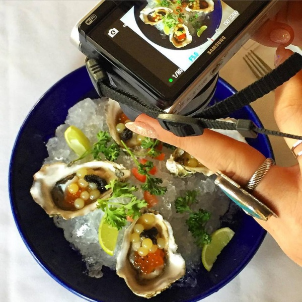 Arte Cafe Oysters