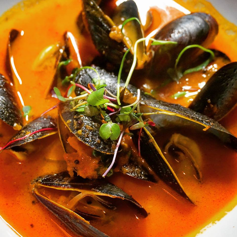 Clay Oven Mussels