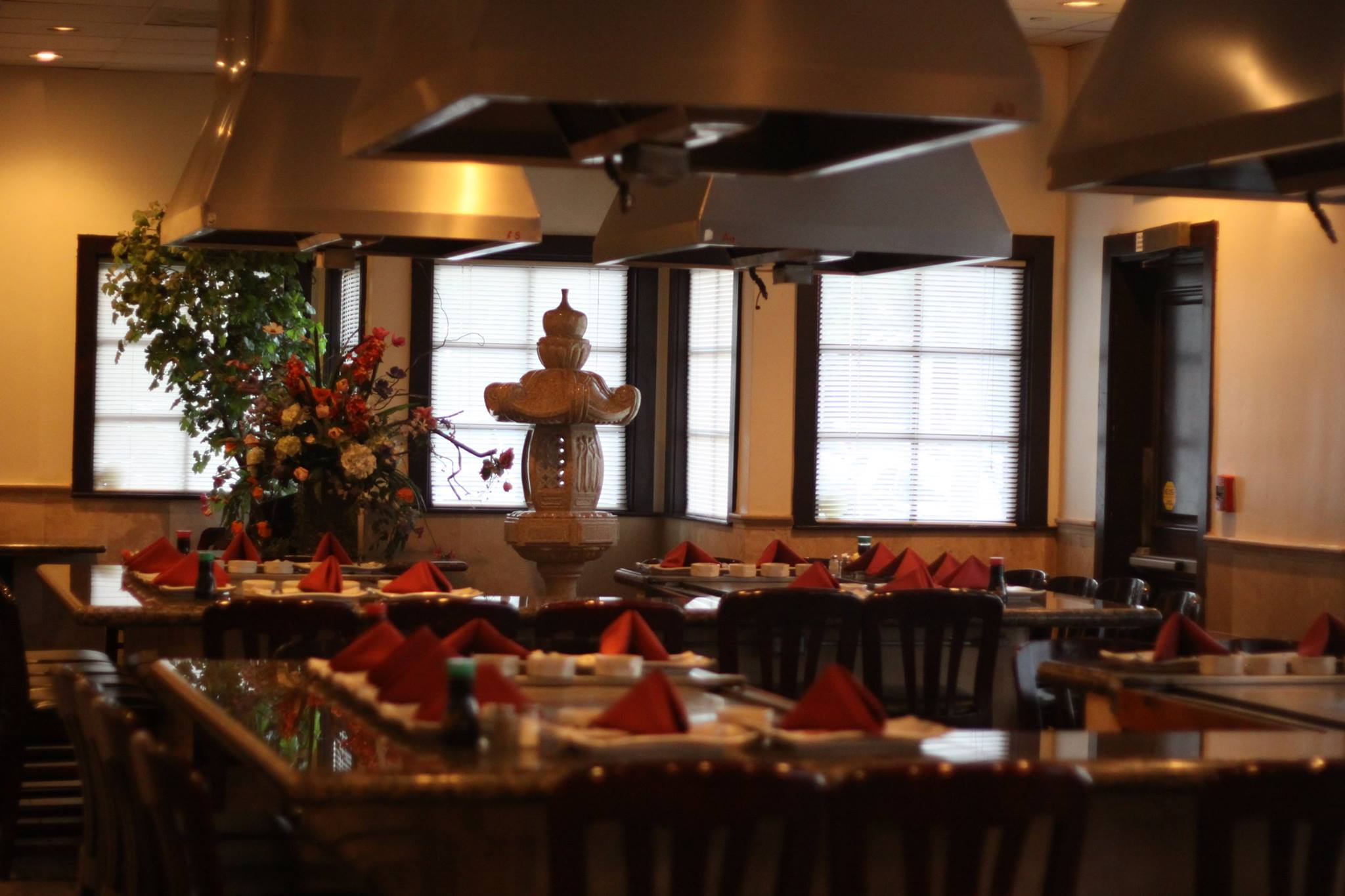 Kobe Japanese Steakhouse & Lounge – Seal Beach