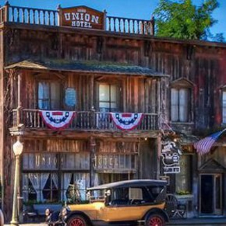 1880 Union Hotel and Saloon – Los Alamos