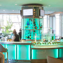 Aqua Lounge at The Fashion Island Hotel – Newport Beach