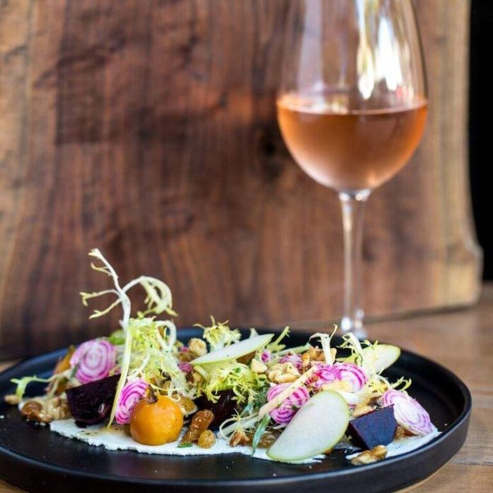370 Common Beet Salad And Wine