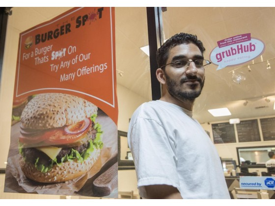 Local Orange County Restaurants Delivery Now Competing With Online Food