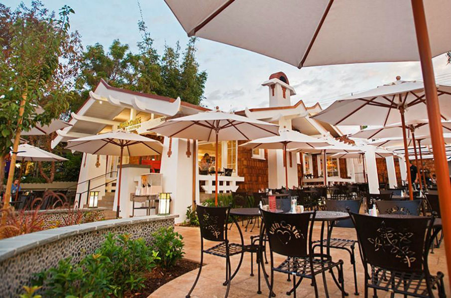 Urth Caffe Laguna Outdoors