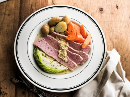 Corned Beef And Cabbage (1)