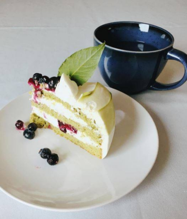 Paris Baguette Coffee And Cake