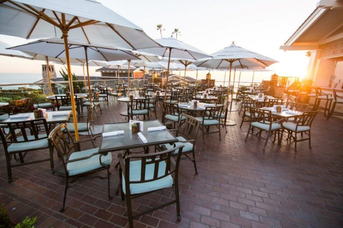 Mosaic Bar And Grille Sunset