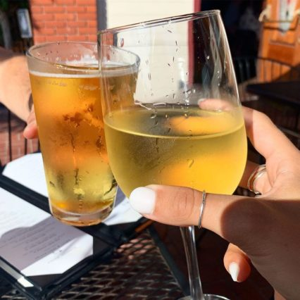 1/2 Wine and Beer Wednesday @ Alley Restaurant & Bar (The) – Newport Beach | Newport Beach | California | United States