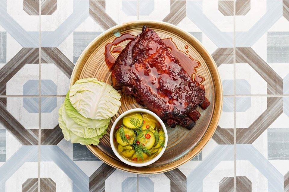 Pacific Hideaway Lacquered Spare Ribs