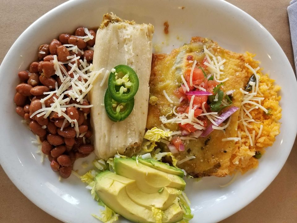 501 Park Ave Tamale And Chile Relleno Combo (1)