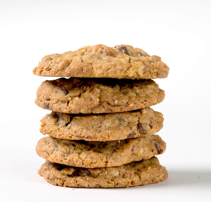Hotel Maya For The First Time, DoubleTree By Hilton Reveals Official Chocolate Chip Cookie Recipe Stack Photo (1)